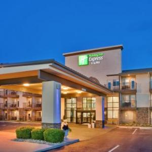 Hotels near Music City Centre Branson - Holiday Inn Express Hotel & Suites Branson 76 Central