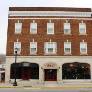 Hotels near Good Tidings Fellowship - St. Charles Hotel - Hudson