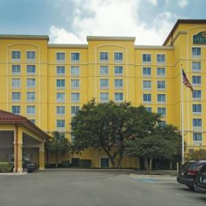 Graham Central Station San Antonio Hotels - La Quinta Inn & Suites San Antonio Medical Center