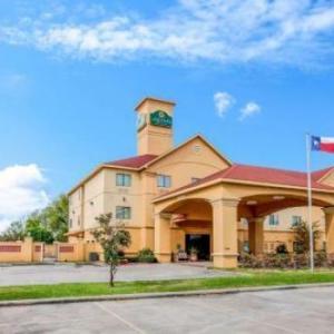Pasadena Municipal Fairgrounds Hotels - La Quinta Inn & Suites Pasadena
