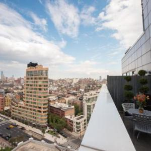 Tribeca Rooftop Hotels - Hampton Inn Manhattan-Soho