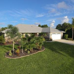 Venice Hotels - Deals at the #1 Hotel in Venice, FL