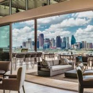 The Rustic Dallas Hotels - Canopy By Hilton Dallas Uptown