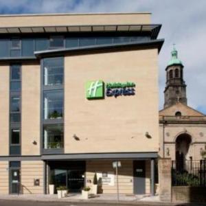 Festival Theatre Edinburgh  Hotels - Holiday Inn Express Edinburgh - Royal Mile