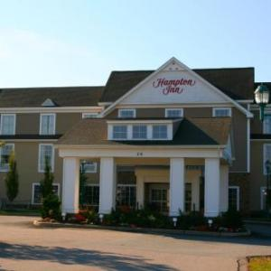 Hotels near Meade Stadium - Hampton Inn South Kingstown - Newport Area