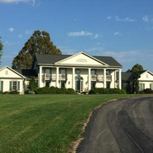 The B & B at Queenslake