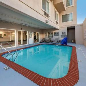 Los Angeles Valley College Hotels - Comfort Inn & Suites Near Universal - N. Hollywood - Burbank