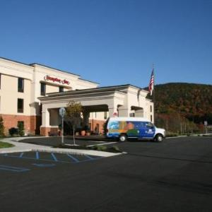 Paramount Theatre Middletown Hotels - Hampton Inn Harriman Woodbury