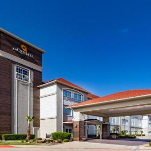 La Quinta Inn And Suites Garland Harbor Point