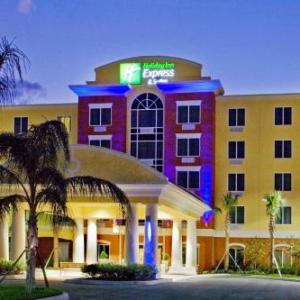 Hotels near First Data Field - Holiday Inn Express Hotel & Suites Port St. Lucie West