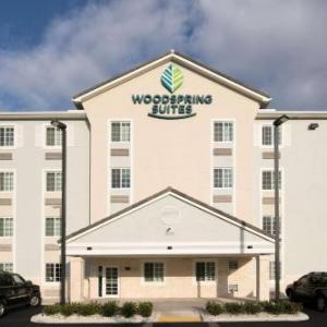 Hotels near Miami Metrozoo - WoodSpring Suites Miami Southwest