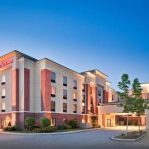 twin river casino hotels near