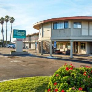 Hotels near Hearst Castle - Sands By The Sea Motel
