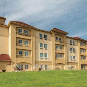 Marine Creek Lake Hotels - La Quinta Inn & Suites Fort Worth/lake Worth