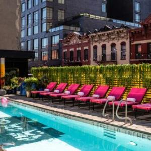 Hotels near Bowery Poetry Club - Sixty Les
