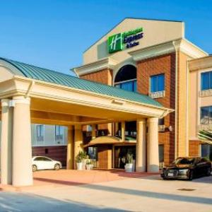 Hotels near Panther Stadium at Blackshear Field - Holiday Inn Express Hotel & Suites Waller
