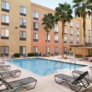 Sports Center Las Vegas Hotels - Homewood Suites By Hilton Las Vegas Airport