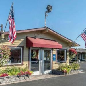 Hotels near Harry and David Field - Rodeway Inn Medford