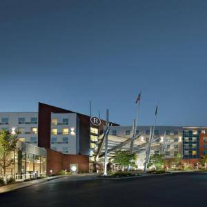 Hotels near Foxboro Stadium - Renaissance Boston Patriot Place Hotel