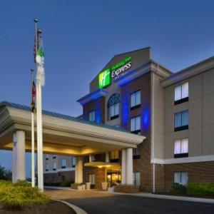 Holiday Inn Express & Suites Columbia - East Elkridge