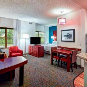 Hotels near Plymouth Ice Center - Residence Inn By Marriott Minneapolis Plymouth