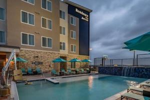 Residence Inn Dallas At The Canyon