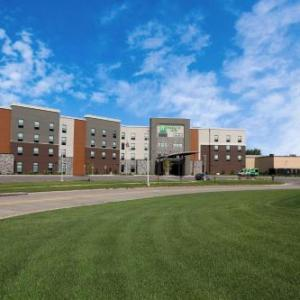Holiday Inn Hotel & Suites Sioux Falls -Airport