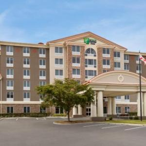 Holiday Inn Express & Suites Fort Myers - The Forum