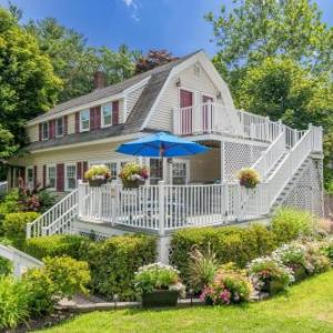 Hotels near Ogunquit Playhouse - Admiral's Inn Resort