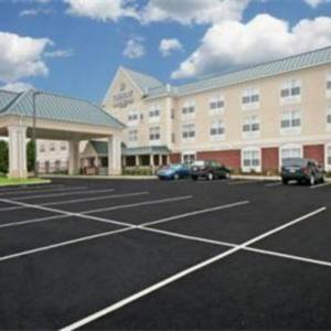 Hotels near Kings Dominion - Country Inn & Suites By Carlson Doswell (Kings Dominion) Va