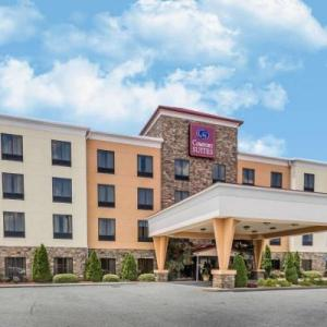 Atlanta Dragway Hotels - Comfort Suites Commerce