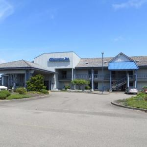 Hotels near Marshfield High School - Edgewater Inn Coos Bay