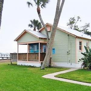 Morningside Church Port St. Lucie Hotels - Caribbean Shores Waterfront Resort
