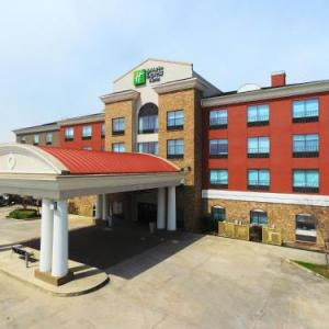 Shaw Center for the Arts Hotels - Holiday Inn Express Hotel & Suites Baton Rouge -Port Allen