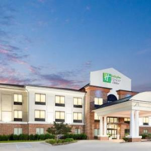 Salem Football Stadium Hotels - Holiday Inn Express Hotel & Suites Salem