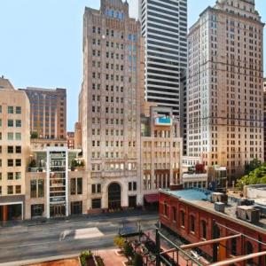 Hotels near Majestic Theatre Dallas - The Joule Dallas