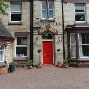 Hotels near Anfield Liverpool - Hotel Tia