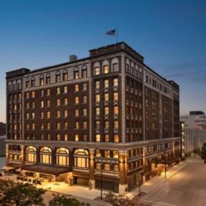 Meyer Theatre Hotels - Hotel Northland Autograph Collection