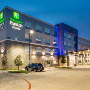 Holiday Inn Express & Suites - Denton South an IHG Hotel