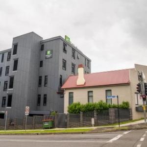 Holiday Inn & Suites - Parramatta Marsden Street an IHG Hotel