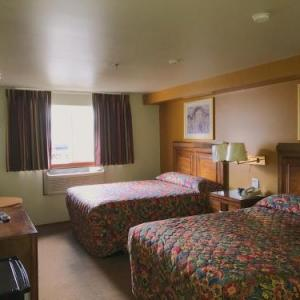 Bay City Motor Inn