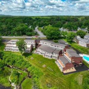 Ogunquit River Inn & Suites