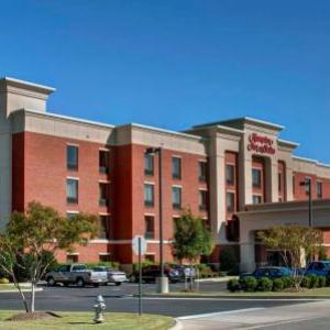 Smithfield Little Theater Hotels - Hampton Inn And Suites Smithfield