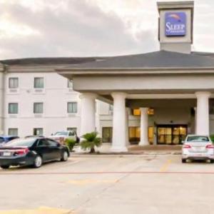 Hotels near Tom Bass Regional Park - Sleep Inn & Suites Pearland - Houston South