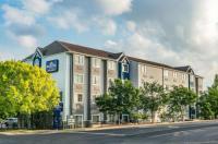Microtel Inn & Suites By Wyndham Austin Airport Image