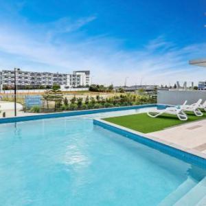 Hotels near Sunshine Coast Stadium - Direct Hotels - Aquarius Kawana