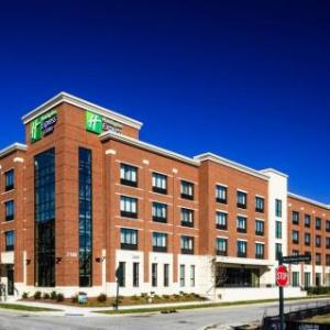Hotels near Ag Expo Park - Holiday Inn Express & Suites Franklin - Berry Farms
